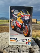1/12 Tamiya Repsol Honda RCV211 '06 - $139.94