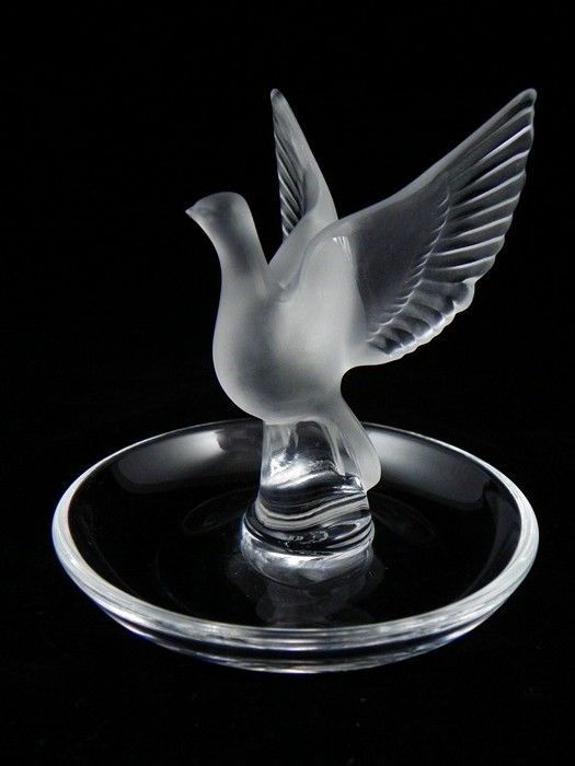 Vintage Lalique Thalie Bird Pin~Ring Tray~Signed~Perfect~Last One~Amazing Gift - $159.99