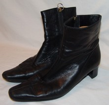 Voltan Black Leather Ankle Boots 41 12 Butter Soft Side Zip Italy - $63.67