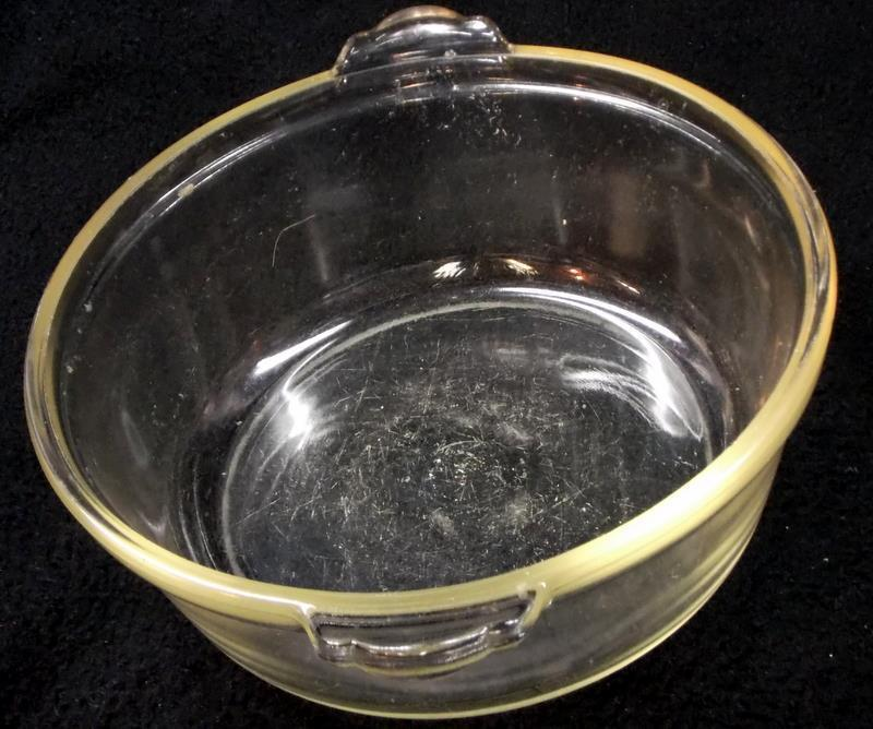 Pyrex 623-B Casserole Dish with Old Style Tab Handles and Yellow Tint