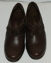 Clarks 1272055 Genette Curve Round Toe Leather Shootie Brown Size Six and a Half image 1