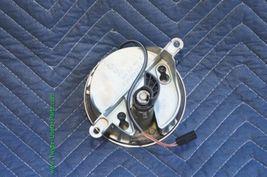 04-06 Volkswagen VW Phaeton Trunk Lid Emblem Badge Lock image 3
