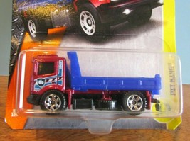 NIP MATCHBOX 2017 METAL SERIES  PIT KING FLATBED TRUCK RAIDER CARDED  - $7.70