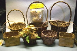 LOT 10 BASKETS WICKER RATTAN PLANTS EASTER DECORATIVE COLLECTIBLE FLOWER... - $10.62 CAD