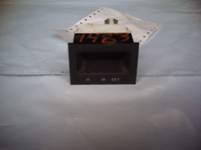 1994 MITSUBISHI DIAMANTE CLOCK