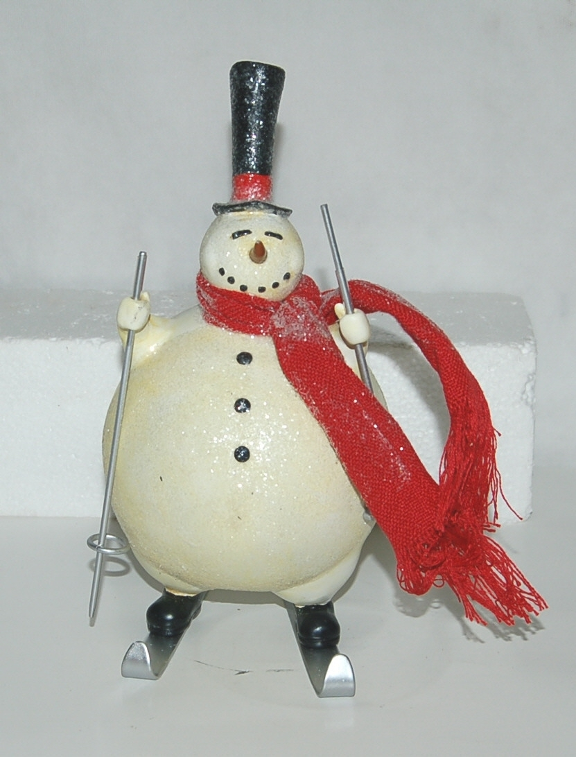 Fantastic Crafts FR6413 Skiing Snowman 11 Inches Tall Figurine