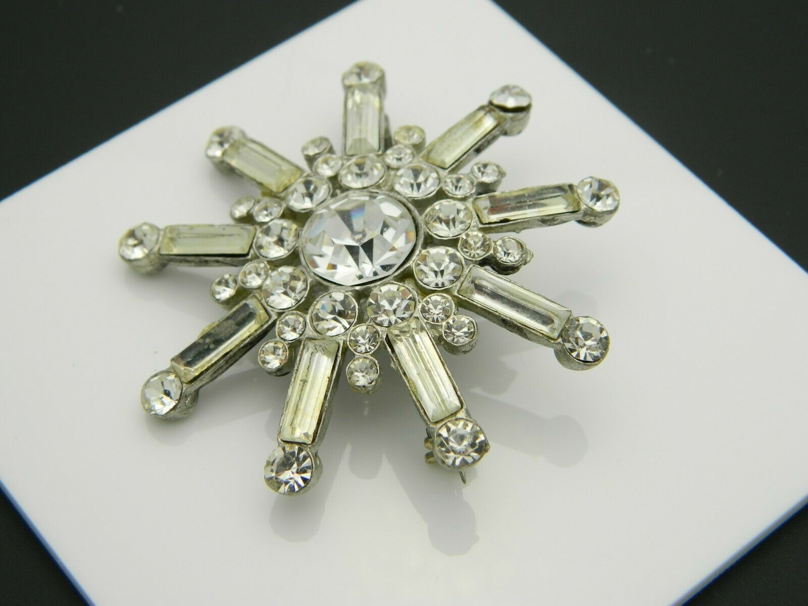 Clear Rhinestone Glass Large Starburst Silver Tone Vintage Pin Brooch