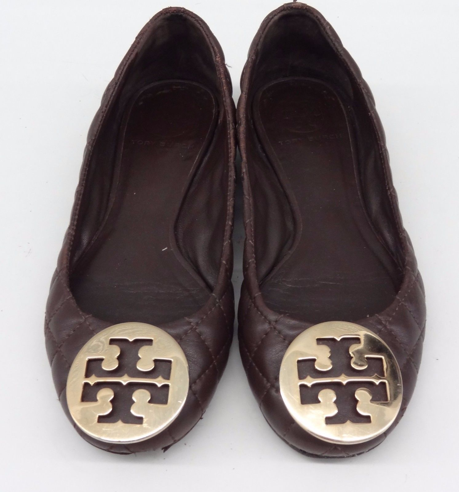85f1a4f76  225 TORY BURCH Reva Ballet Flats Shoes Brown quilted Leather Gold Logo  Size 5
