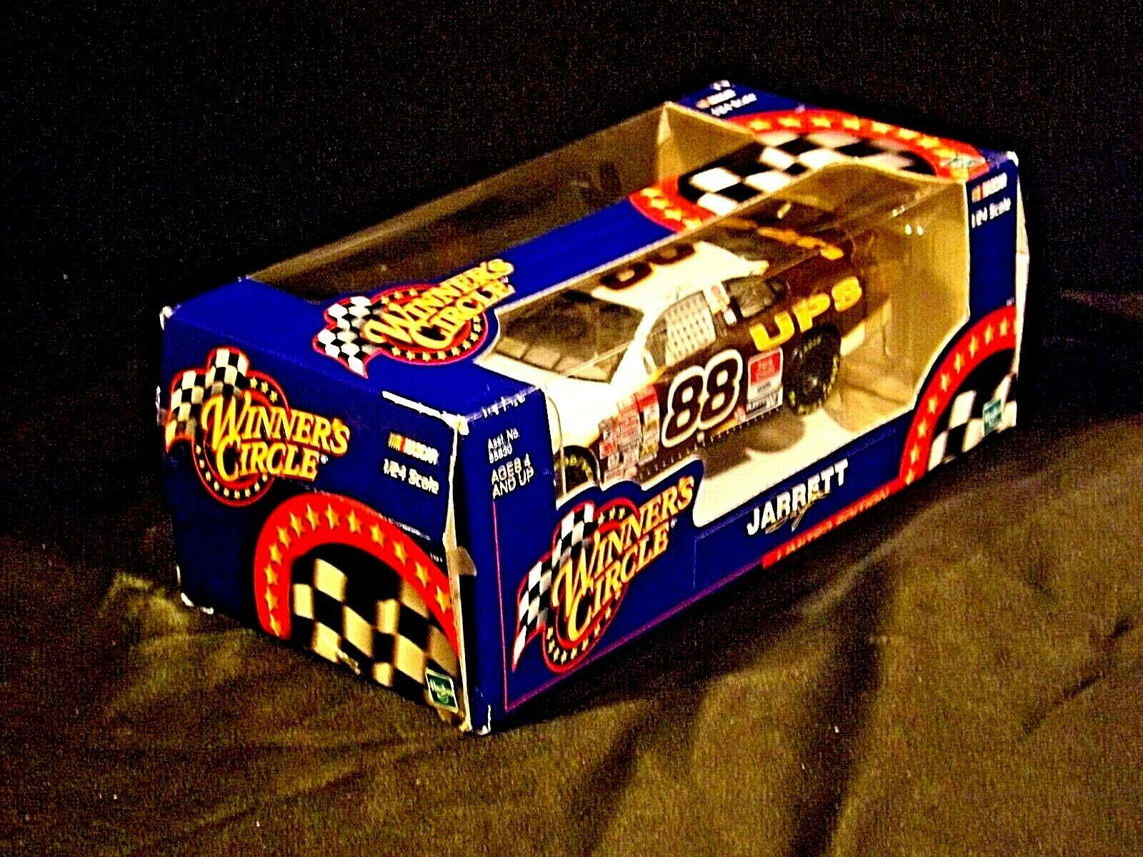 2000 Winners Circle Dale Jarrett #88 scale 1:24 stock cars Limited Edition