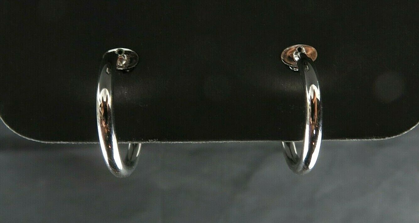 Signed NAPIER Silver Toned Medium Hoop Clip on Earrings 1 inch in Diameter image 2