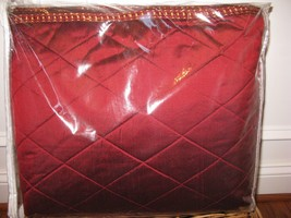 Isabella collection MARIA CHRISTINA Red Silk Diamond Stitch Queen Coverlet $1500 - $379.95