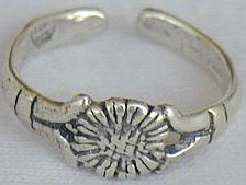 Primary image for silver flower toe ring