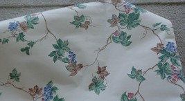 York Partial Roll of  Wall Paper  - Grape Vines - VERY PRETTY PAPER - 9 Yards - $29.69