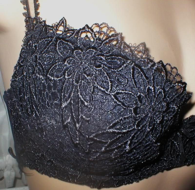 Felina Black Divine Lace contour bra 4248 NEW 32C or 34C