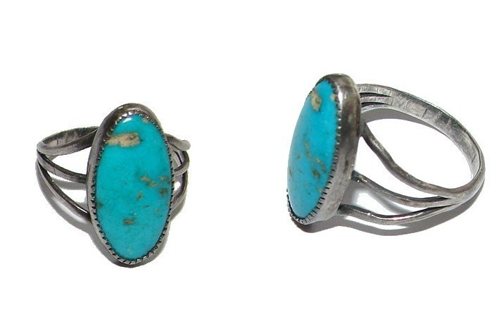 GORGEOUS VINTAGE NATIVE AMERICAN TURQUOISE SILVER RING