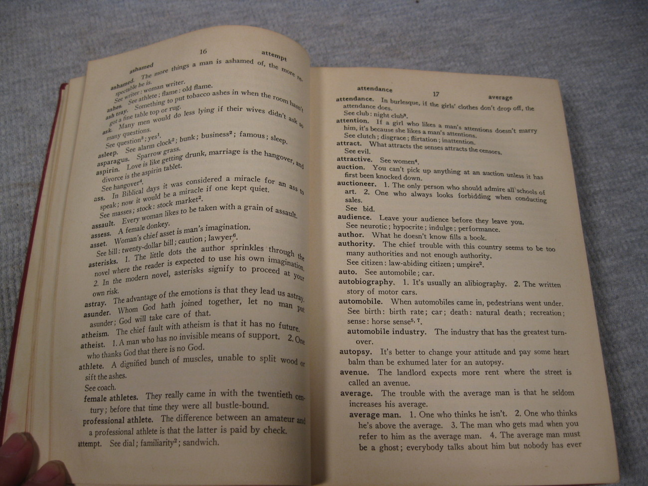 Esar's Comic Dictionary by Evan Esar HC 1st Edition, 1943