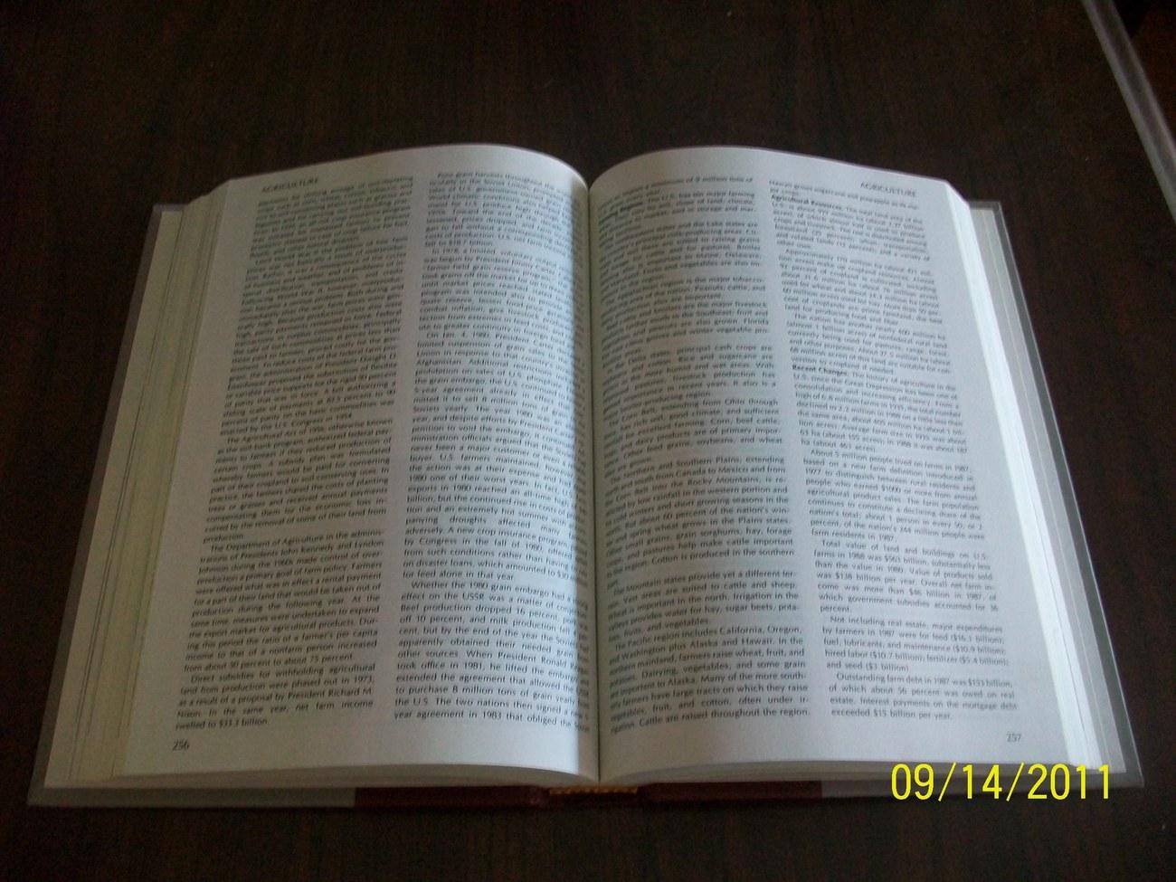 Funk Wagnalls New Encyclopedia Desk Dictionary The President