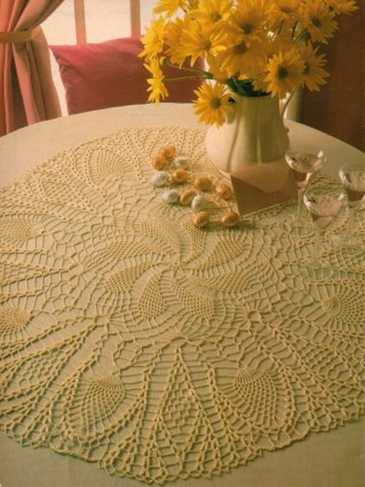 Oval Grade A Impressive Pineapple Doily Whirl Table Centerpiece Crochet Pattern