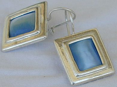 Light blue square earrings D