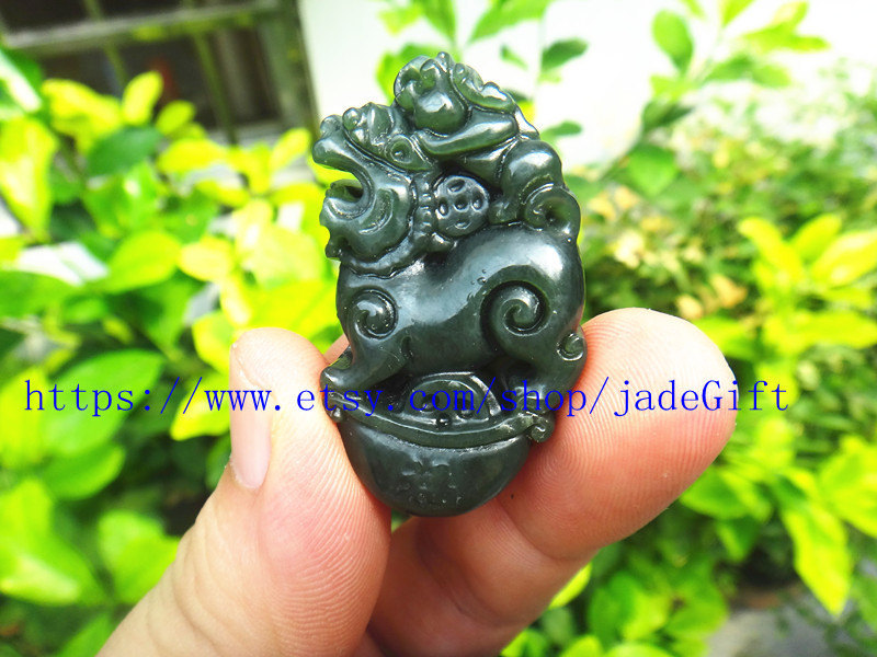 Free Shipping - chinese luck Amulet pi yao hand carved Natural green jadeite jad image 2