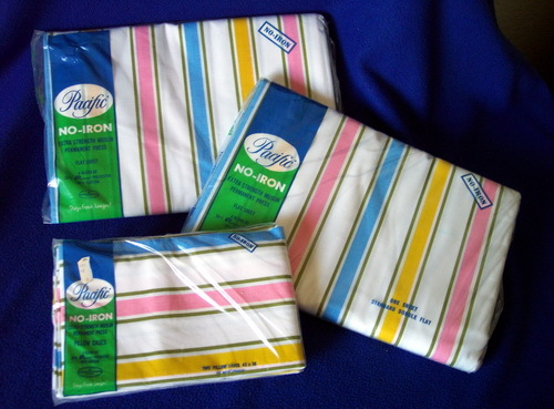 Vintage MINT IN PACKAGE Pacific Mills SHEETS 2 Double Flat Sheets 1 Set Cases