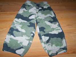 Size 24 Months The Childrens Place Green Camo Camouflage Fleece Athletic Pants - $10.00