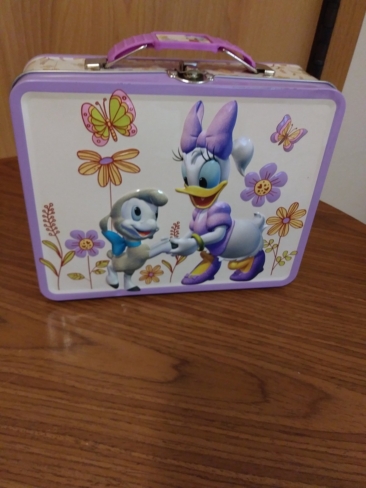 Daisy & Minnie Lunch Tin Box made in China Excellent Condition