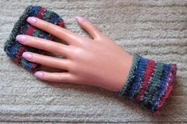 Hand Knit Wristbands/Girly Stripes/For Musicians/New - $10.95