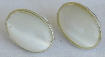 Primary image for White moon oval earrings