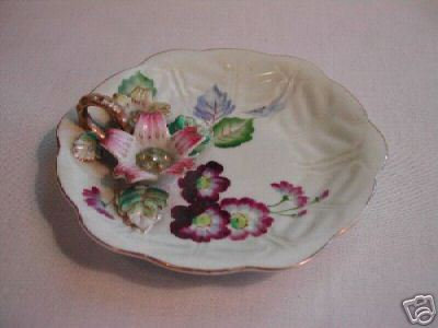 Chugai Occupied Japan Porcelain Relief Flower Dish