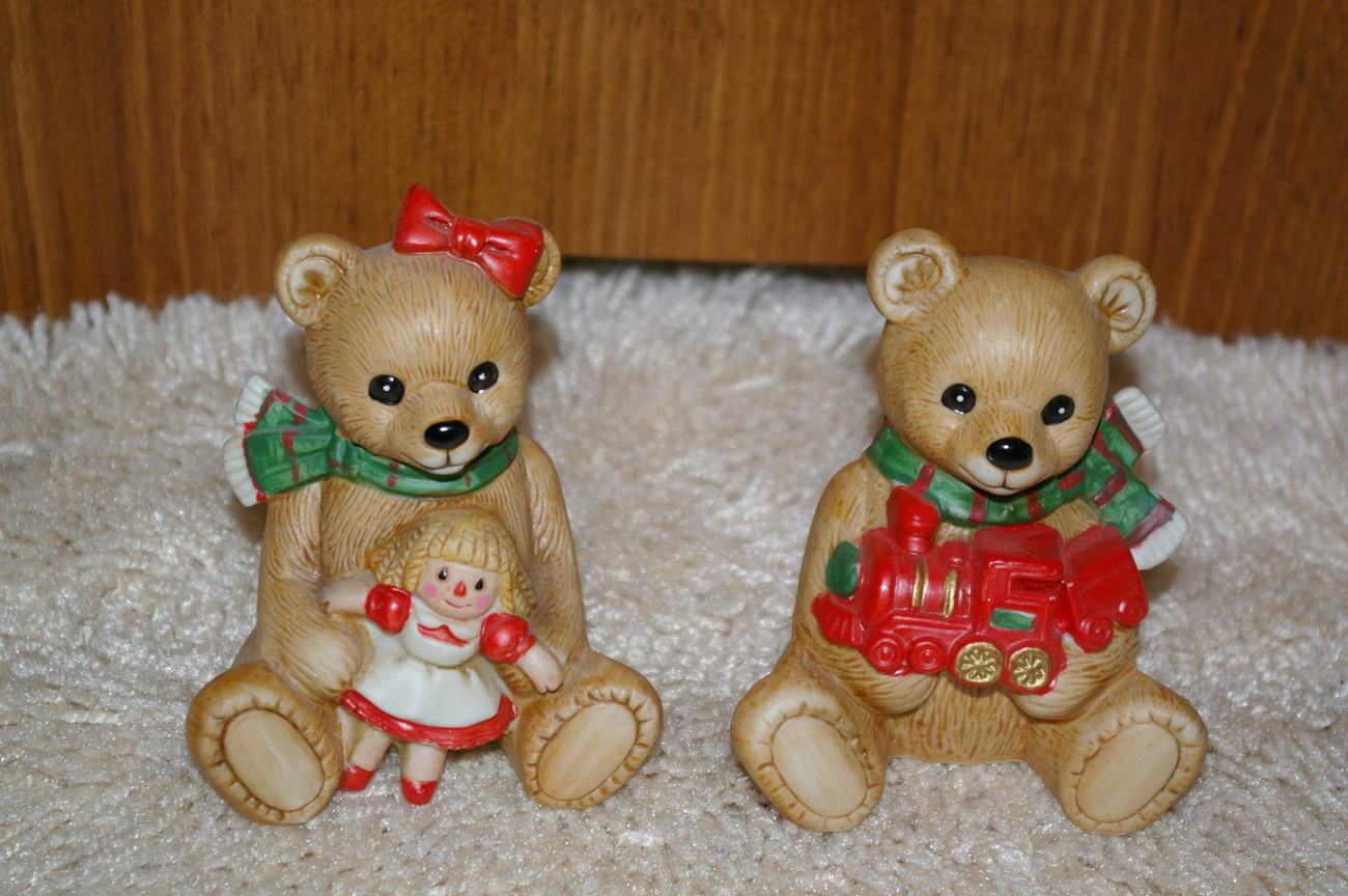 Homco Christmas Bear Pair 5560 Home Interiors