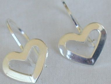 Primary image for Mini open hearts earrings