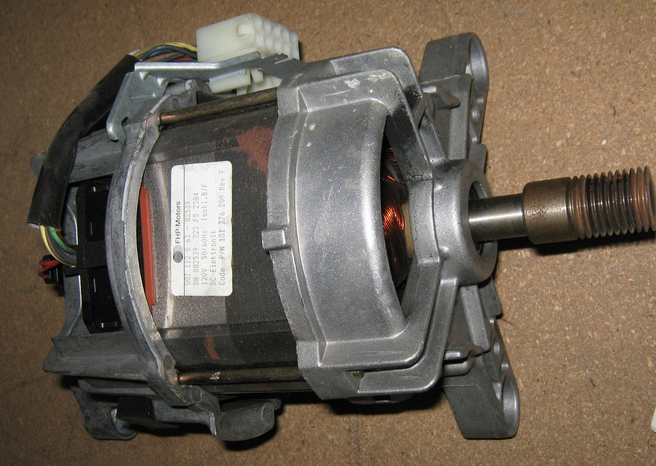 Wascomat Front Load Washer WE16 Motor #131 276200