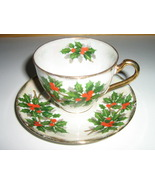 Ucagco China Christmas Cup & Saucer - Holly Leaves, Berries, Multicolored Luster - €13,15 EUR