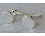 Silver round cufflinks thumb155 crop