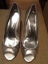 MICHAELANGELO 'Blythe' Women's Bridal Shoe Size 8 M Sliver Color - $11.95