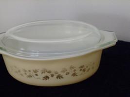 """Vintage Pyrex casserole #043  """"Gold Acorn"""" - $23.00"""