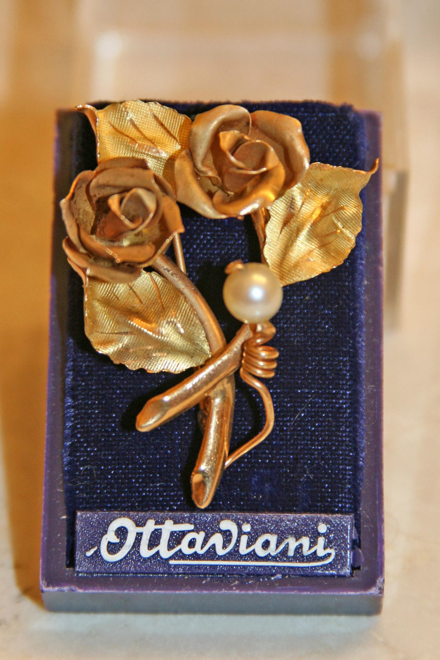 18K Solid Yellow Gold Flower Brooch, Made in Italy image 2