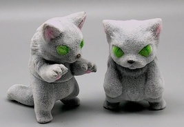 Max Toy Flocked Silvery-Gray Small Nekoron and Nyagira - Monster Boogie image 3
