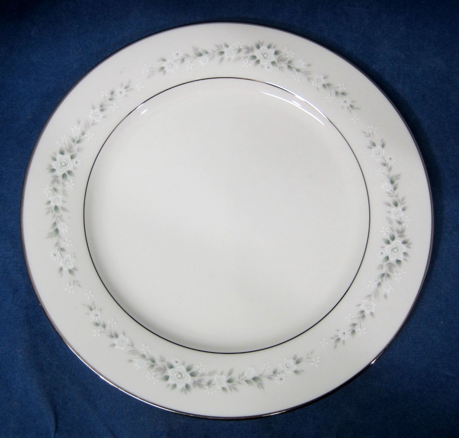 "Primary image for Noritake Heather  Salad Plate 8 1/4"" Discontinued Actual 1966 - 1989 Good Shape"