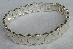 Unisex silver bracelet