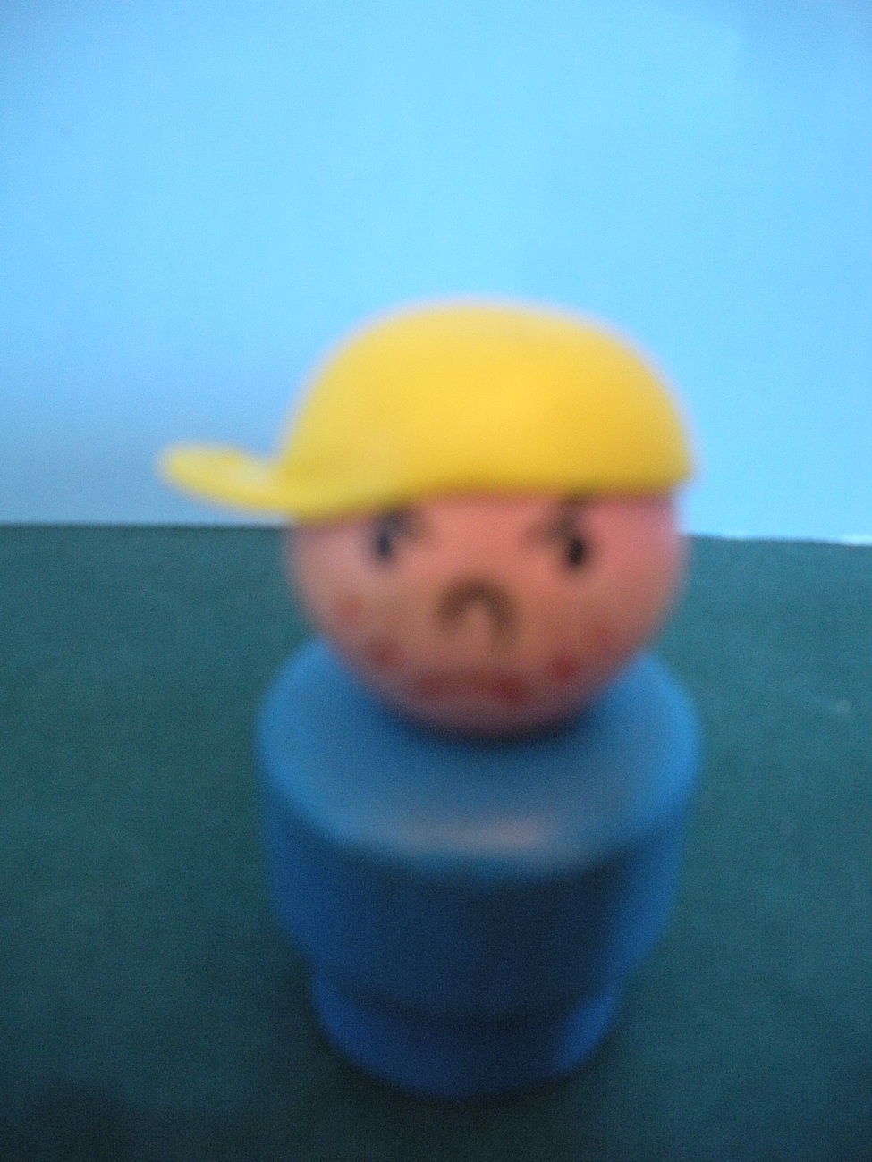 VINTAGE FISHER PRICE LITTLE PEOPLE W/W BLUE BODIED BULLY BOY