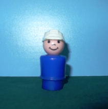 RARE VINTAGE FISHER PRICE LITTLE PEOPLE P/P TRUCK DRIVER!  - $9.00