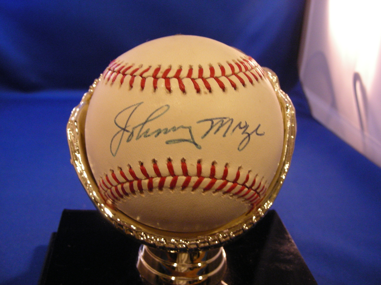 JOHNNY MIZE HOF 1981 5X WSC YANKEES SIGNED BASEBALL PSA/DNA