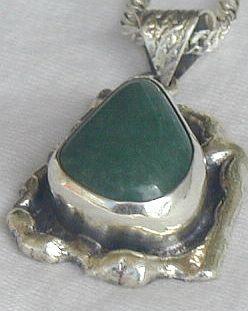 Green pendant HMPC