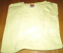 Men's T-Shirt V Neck 3XL Hanes Heavy Weight Yellow Color 100 % Cotton Best - $5.90
