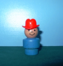 VINTAGE FISHER PRICE LITTLE PEOPLE BLUE FARMER BOY W/RED HAT image 1
