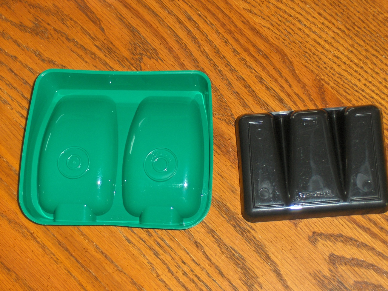 Tupperware Spoon Rest and Soap Saver