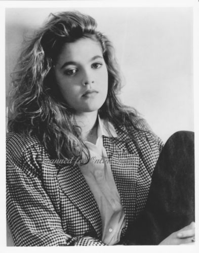 Drew Barrymore Poison Ivy 8x10 Photo