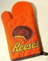 Reese's Peanut Butter Cup Oven Mitt Yum Candy Chocolate - $9.49